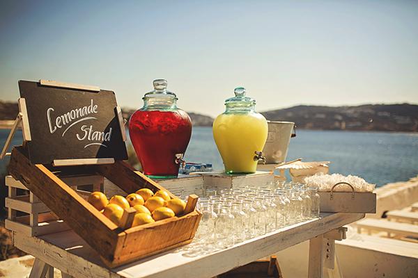 wedding-ideas-refreshment-table