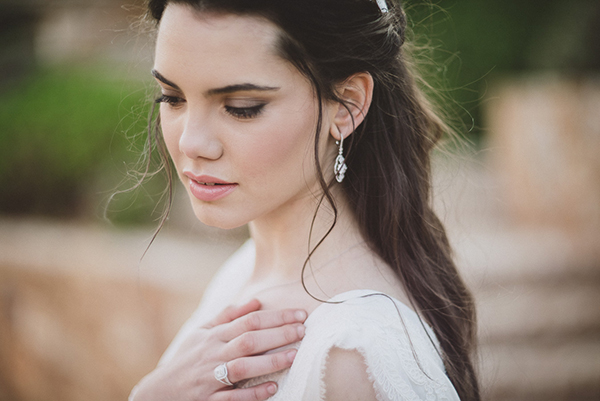bridal-makeup-long-hair