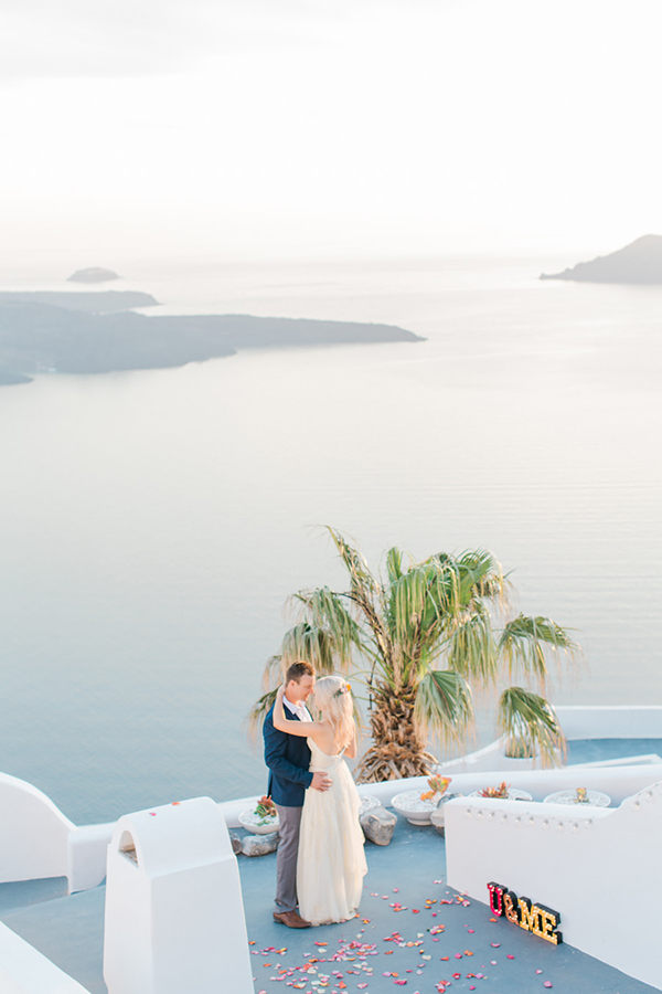 summer-wedding-santorini-greece (1)
