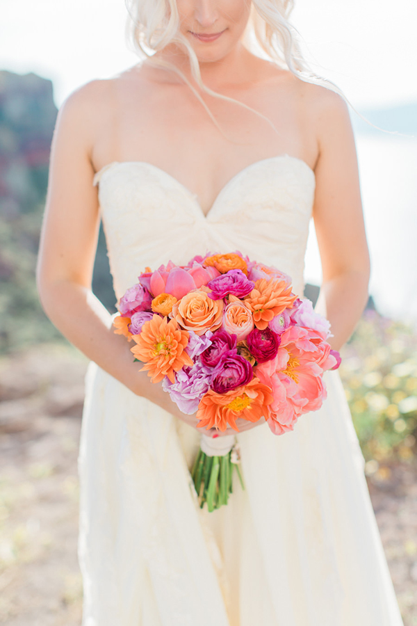 vivid-wedding-flowers