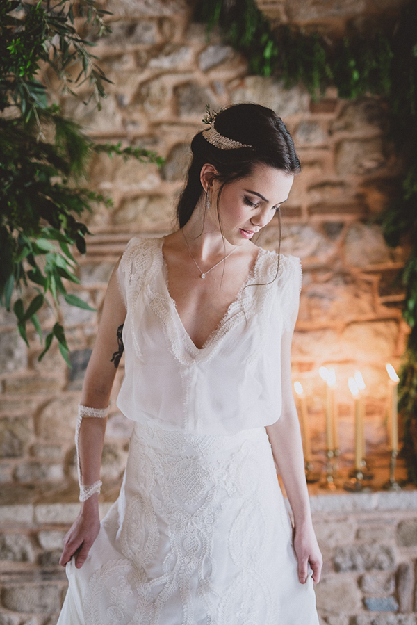 wedding-dress-v-neck