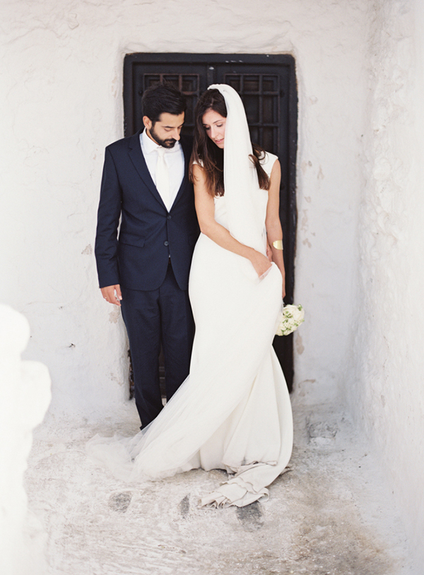 styled-shoot-in-mykonos-1