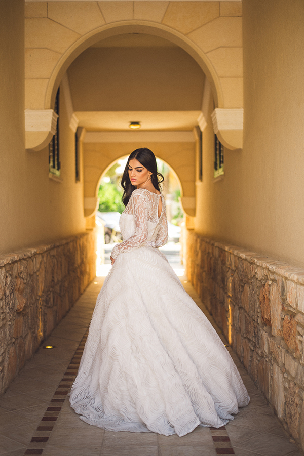 long-sleeves-wedding-dress (1)