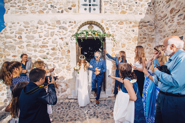 santorini-church-to-get-married-2