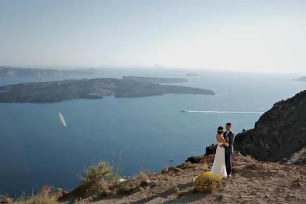 Romantic whimsical wedding in Santorini |Anh & Truong