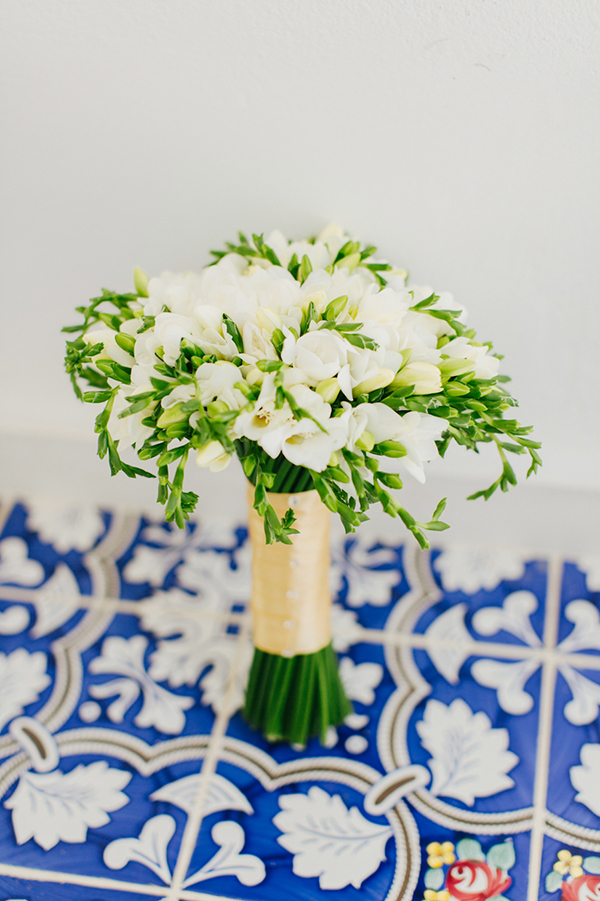 white-bridal-bouquet (2)