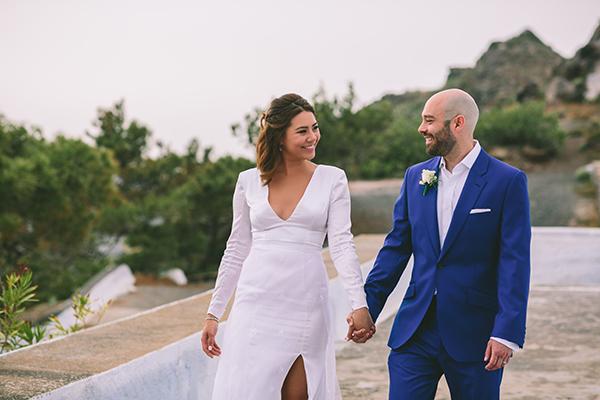 modern-wedding-dress-long-sleeves