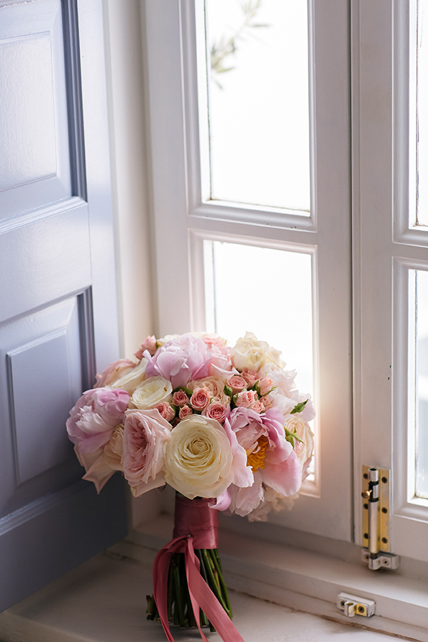 pink-roses-bridal-bouquet-1