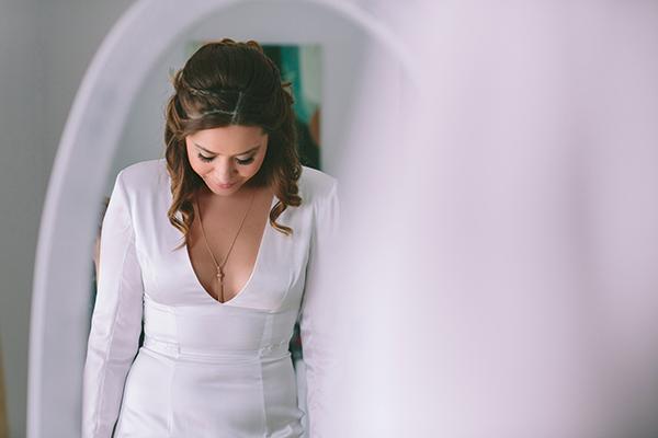 vneck-wedding-gown