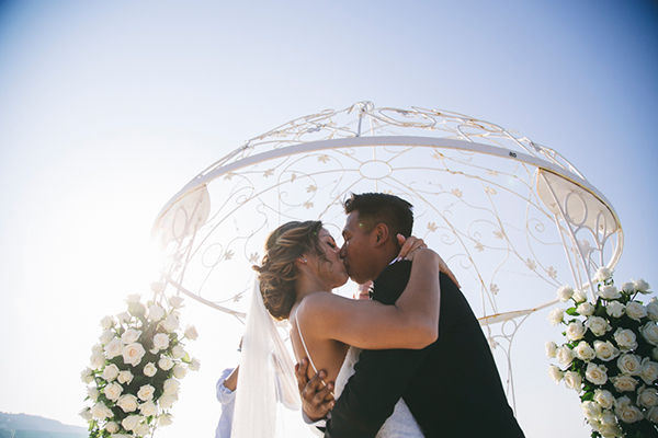 weddings-abroad-greece-santorini