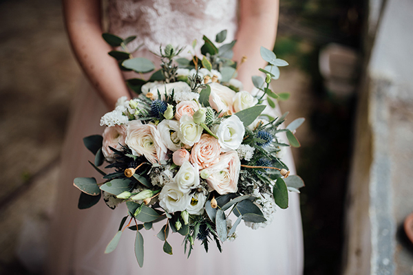 bouquet-sage-green-dove-grey-dusty-blue-tea-rose