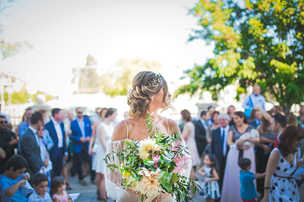 bridal-bouquet-olive-eucalyptus-ivy-peonies-dahlias