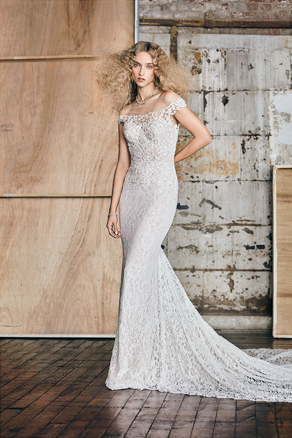 moda-operandi-reem-acra-wedding-dress