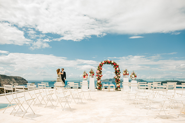 santorini-wedding-abroad