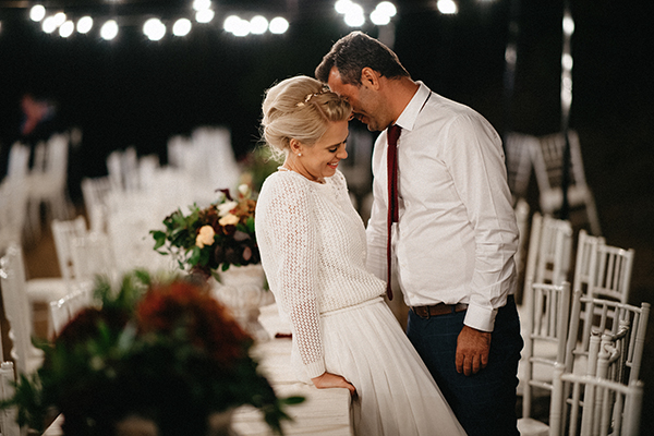 marsala-gold-fall-wedding-ideas-12
