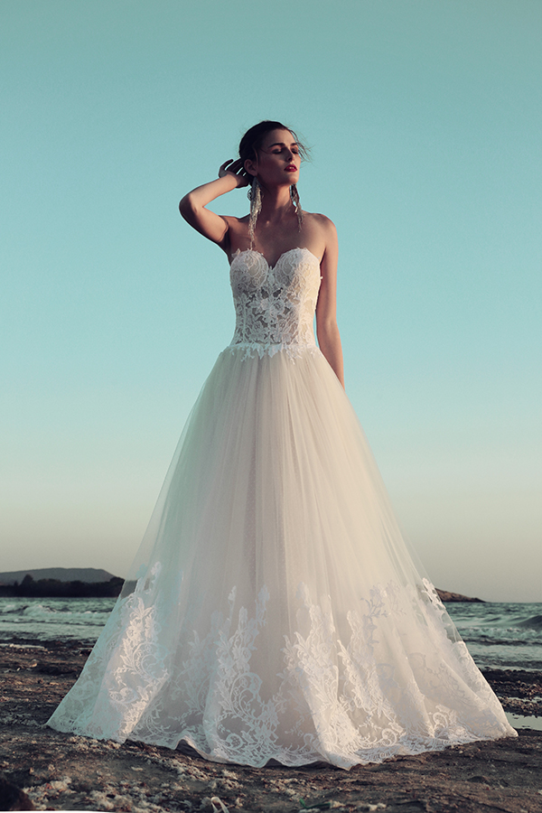 fall-wedding-dress-costarellos