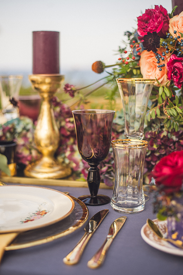 gold-blue-wedding-table-decorations-2