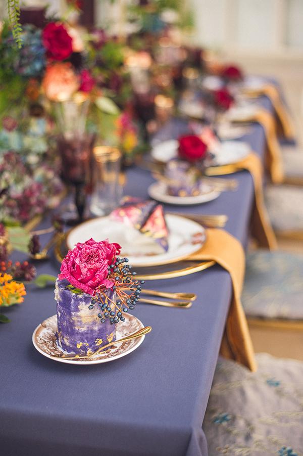 wedding-decor-royal-blue-gold