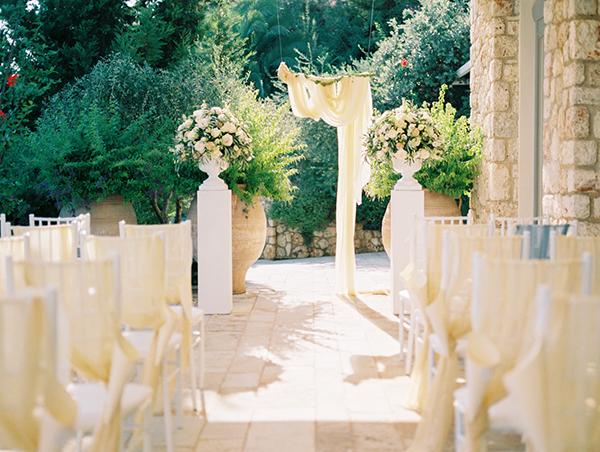 yellow-white-wedding-corfu-31
