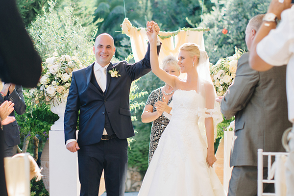 yellow-white-wedding-corfu-43