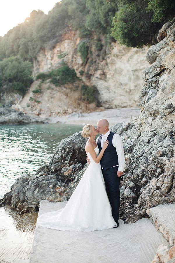 yellow-white-wedding-corfu-48