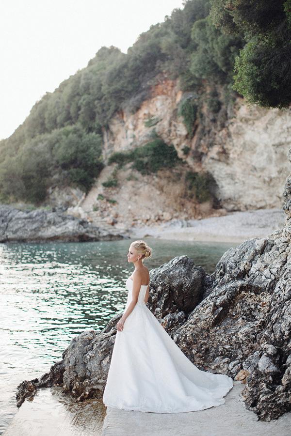 yellow-white-wedding-corfu-49