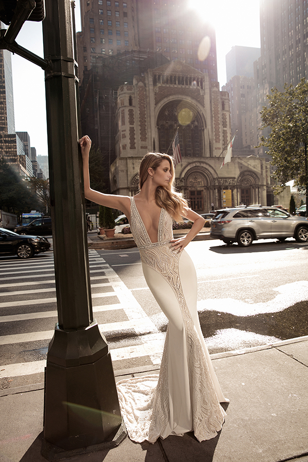 berta-wedding-dresses-bridal-collection-fall-2017-13