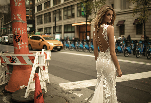 berta-wedding-dresses-bridal-collection-fall-2017-32