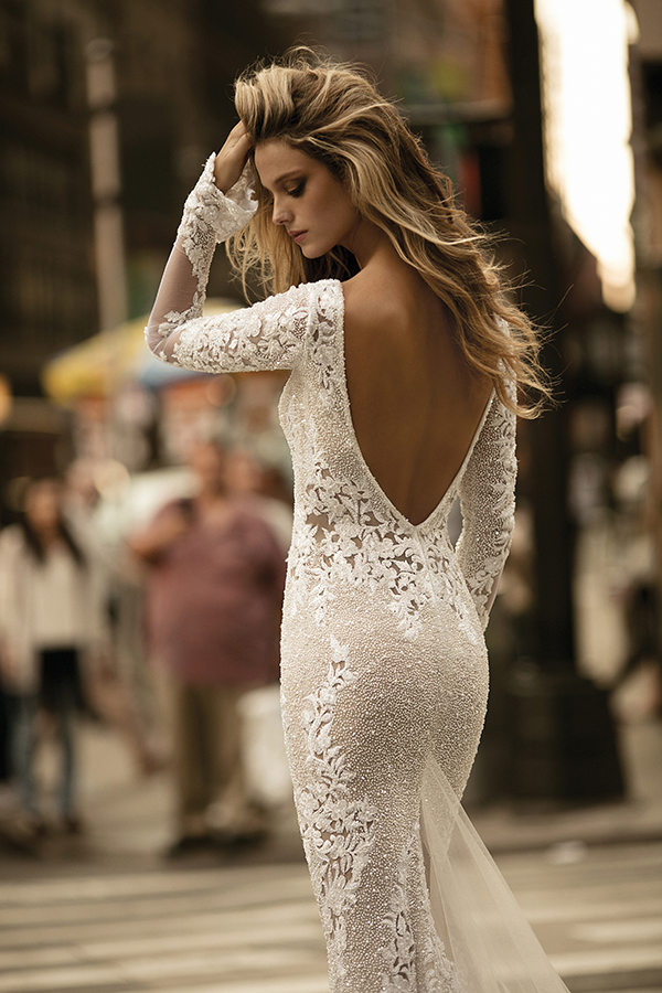berta-wedding-dresses-bridal-collection-fall-2017-35