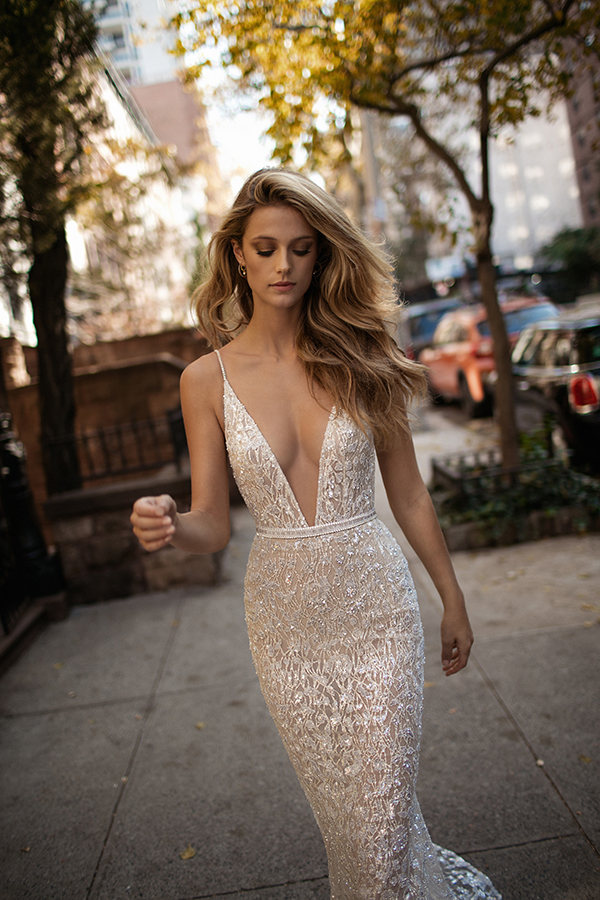 berta-wedding-dresses-bridal-collection-fall-2017-5
