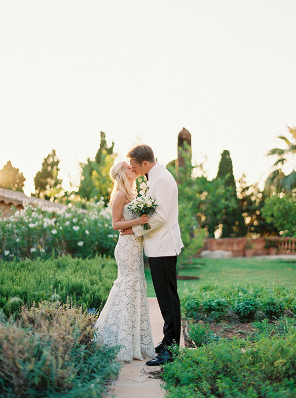 Romantic destination wedding in Spain