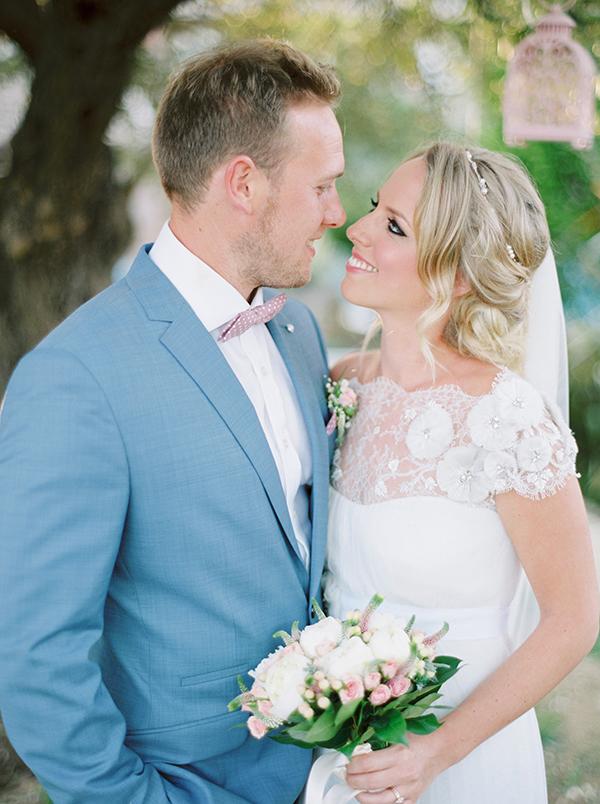 destination-wedding-pastel-colors-1
