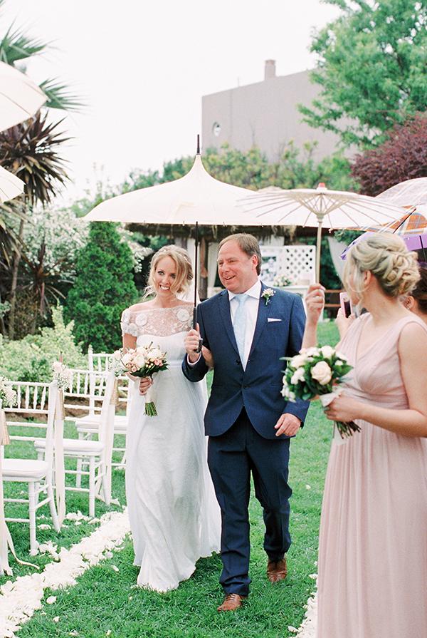 destination-wedding-pastel-colors-22