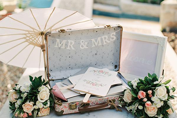 destination-wedding-pastel-colors-30