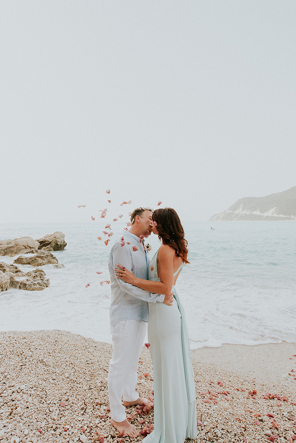 beautiful-beach-elopement-lefkada-13