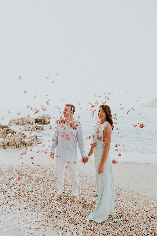 beautiful-beach-elopement-lefkada-14