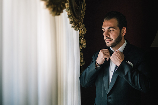 glamorous-wedding-gold-burgundy-colors-19