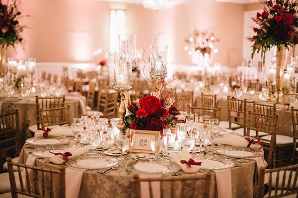 Burgundy wedding decoration ideas elitflat for Burgundy wedding reception decorations