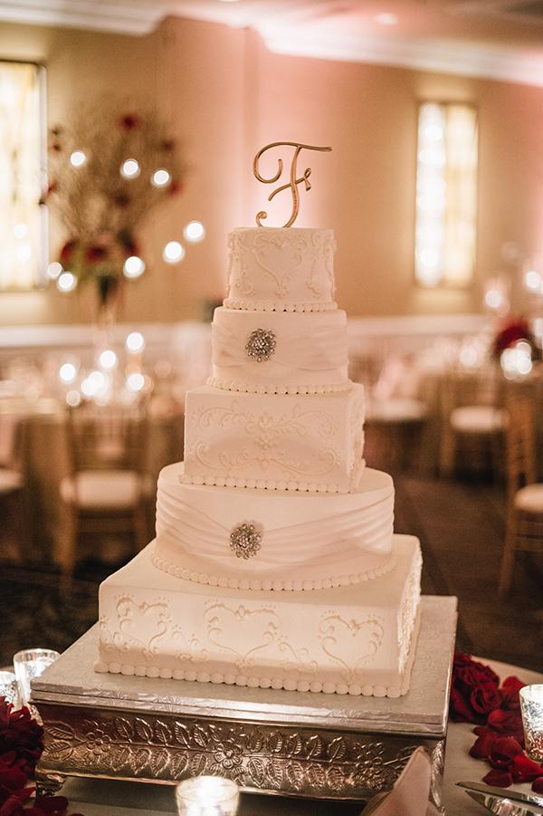 glamorous-wedding-gold-burgundy-colors-36