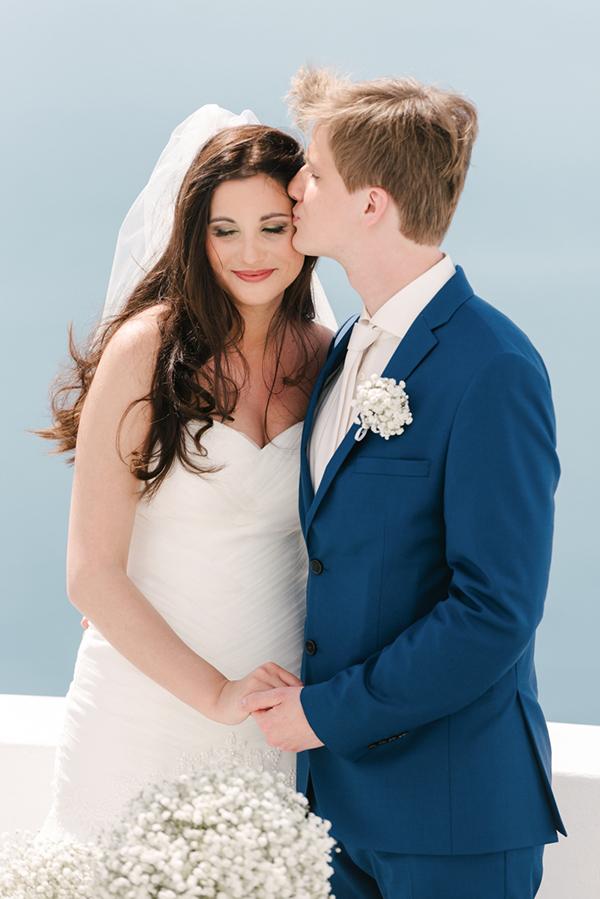 intimate-destination-wedding-santorini-11
