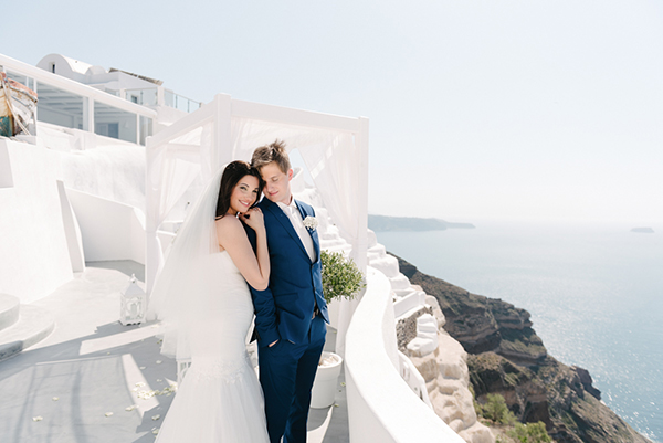 intimate-destination-wedding-santorini-16