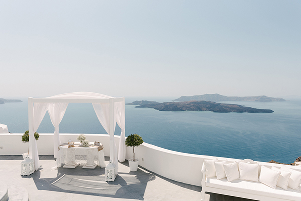 intimate-destination-wedding-santorini-5