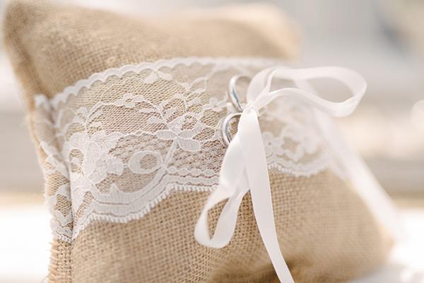 intimate-destination-wedding-santorini-7