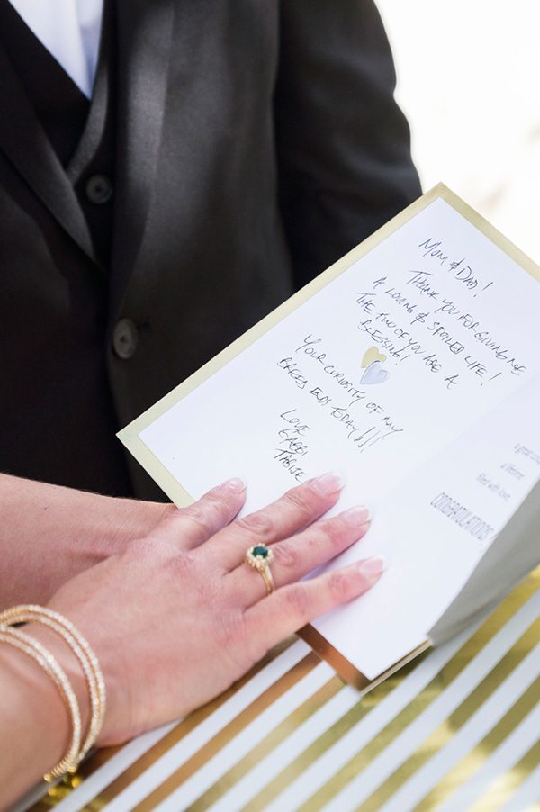 modern-gold-and-green-wedding-15