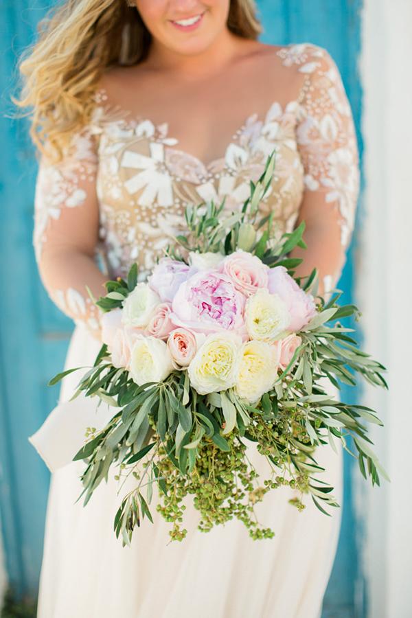 romantic-elopement-in-santorini-1