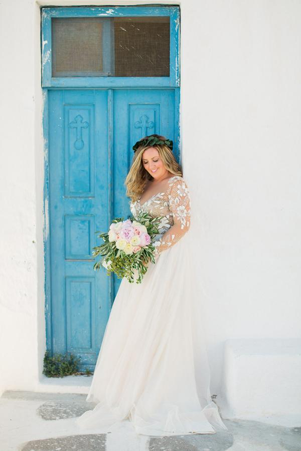 romantic-elopement-in-santorini-4