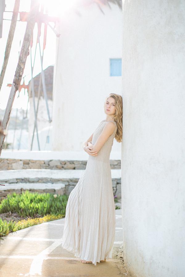 beautiful-ethereal-shoot-Mykonos-10