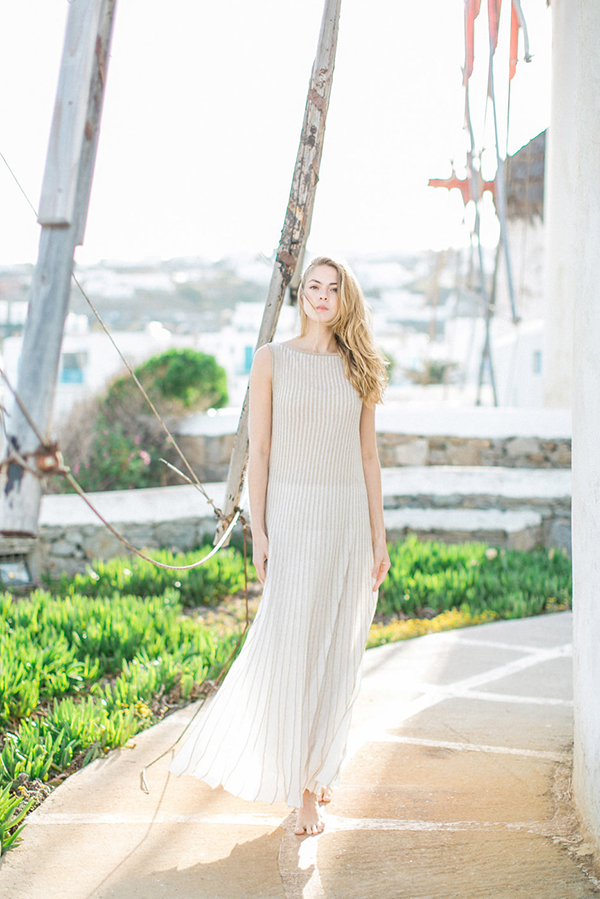 beautiful-ethereal-shoot-Mykonos-12