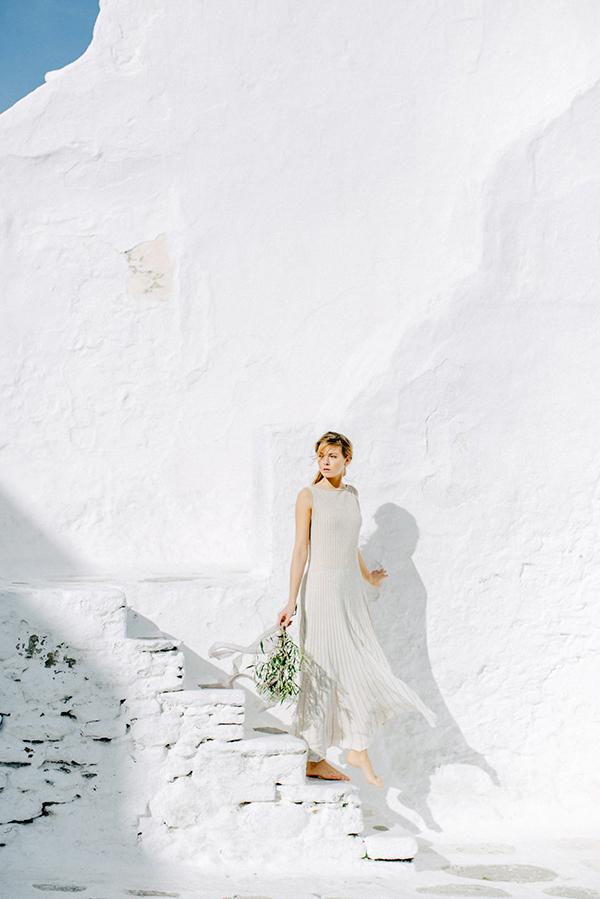beautiful-ethereal-shoot-Mykonos-16