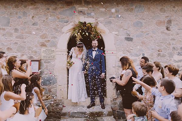 beautiful-rustic-wedding-in-cyprus-21